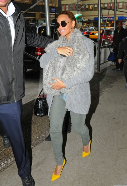 beyonce-fur-sling-for-baby