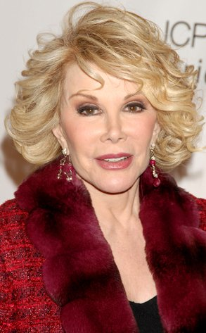 joan-rivers-red-fur-collar