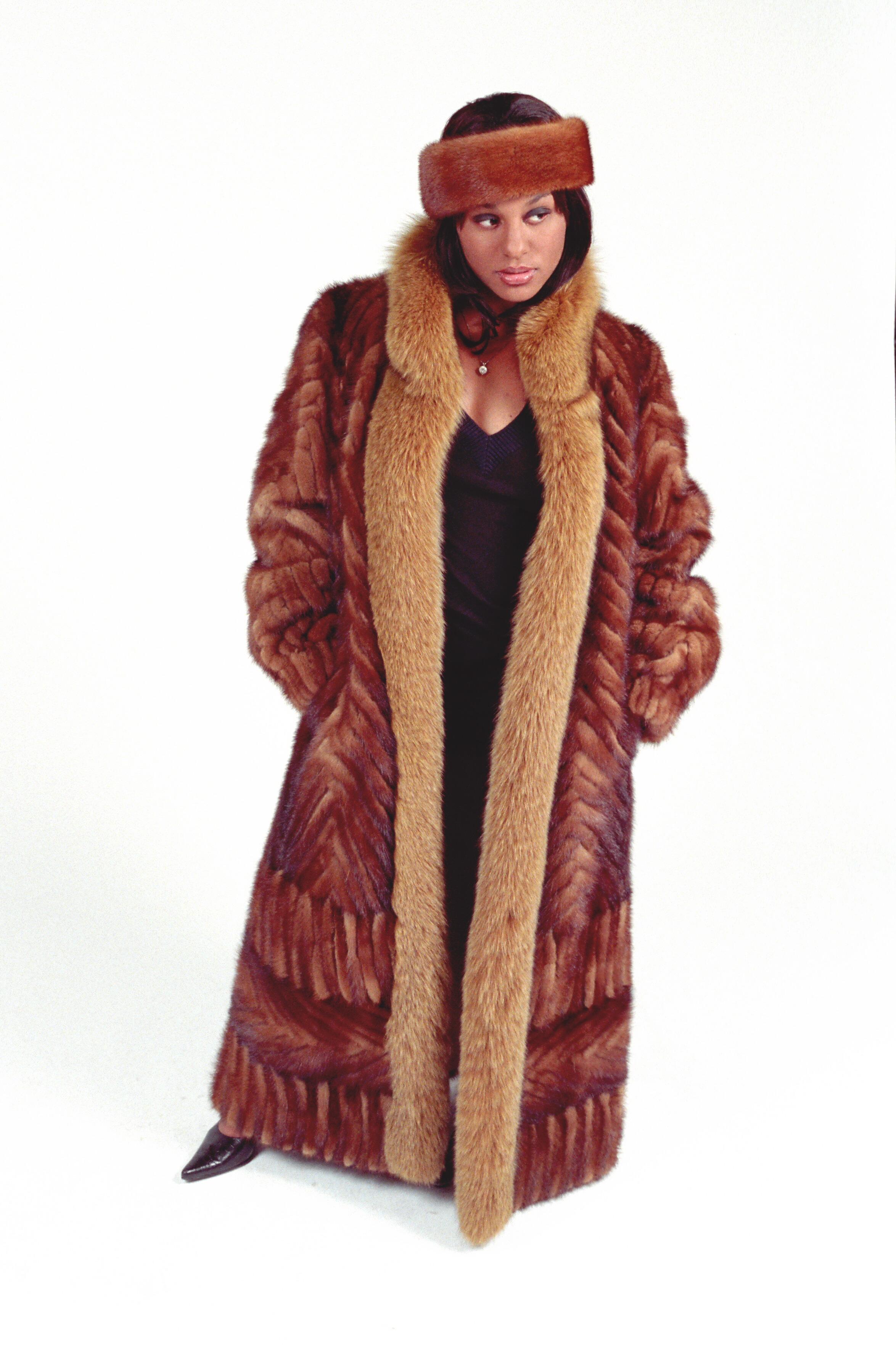 Whiskey Mink Tail & Fox Coat