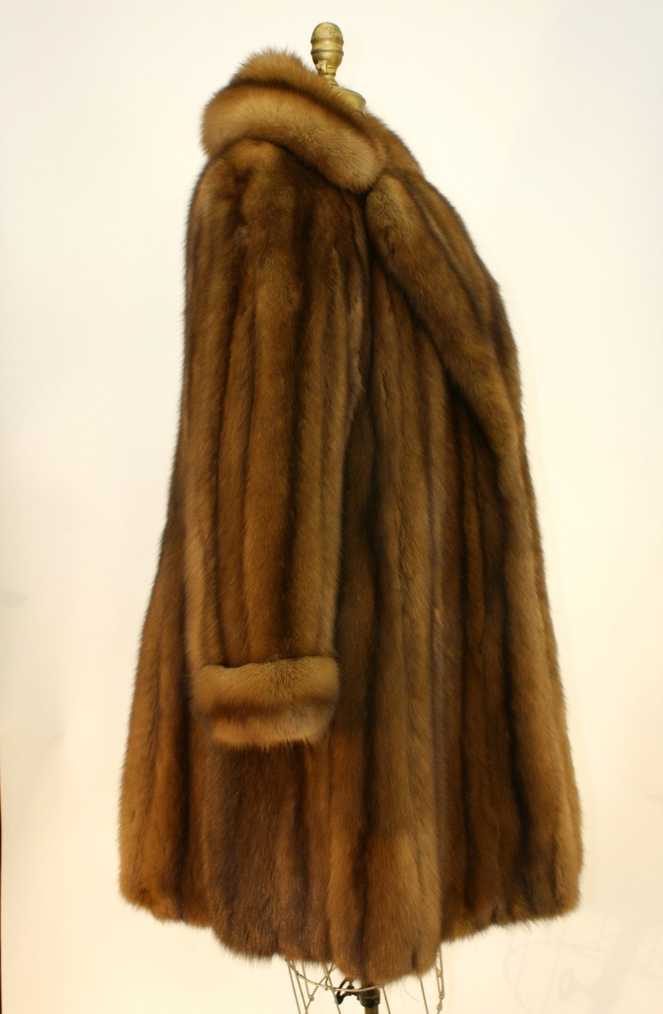 Ben Kahn Russian Sable 3/4 Coat Used 01