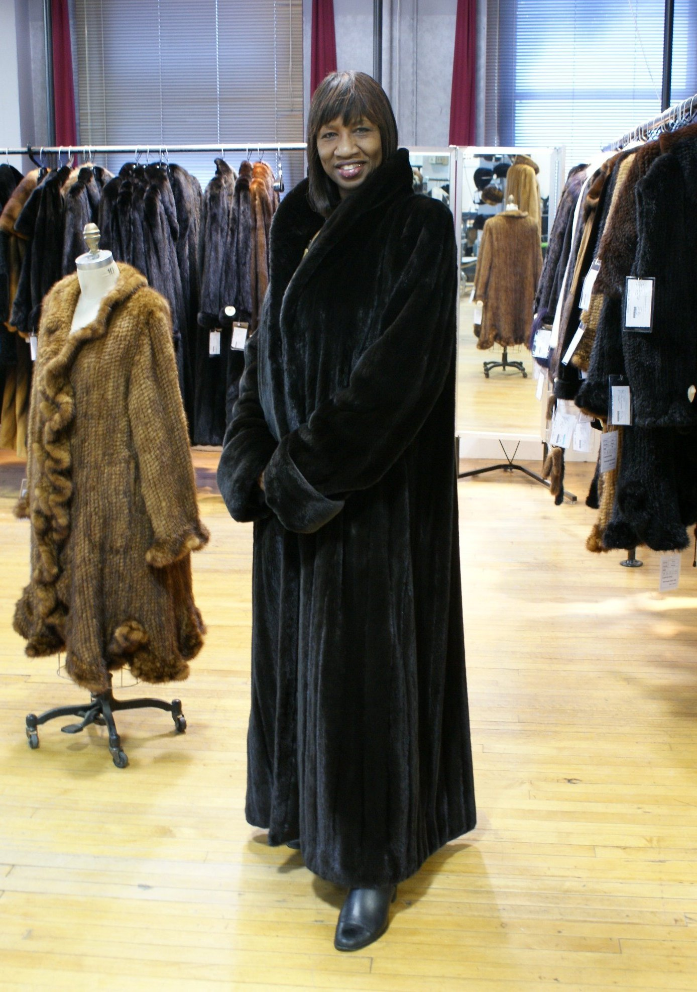 Reversible Sheared Mink To Rainsilk Jacket - Wolverine Furs